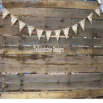 Just Married Burlap Wedding Pennant Banner* Rustic Wedding Banner* Burlap Pennant Banner