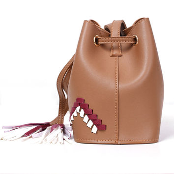 New Women Bucket Bag  Ladies Shoulder Handbag with Tassel  Casual Crossbody Bag For Women PurseSac a