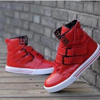 Men's High Top Buckle Shoe