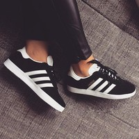 Adidas Originals Gazelle Women Men Fashion Black/White Sneakers Sport Shoes