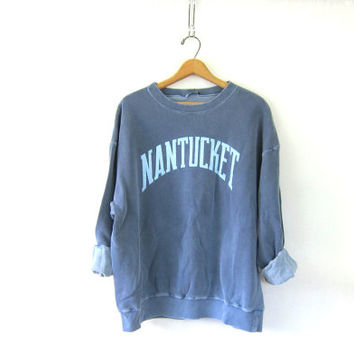 vintage Nantucket Massachusetts sweatshirt. cotton blend sweatshirt. baggy faded blue sweatshirt. XL