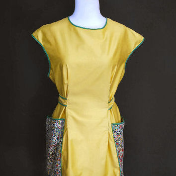 Yellow Smock or Cobblers Apron Huge Pockets