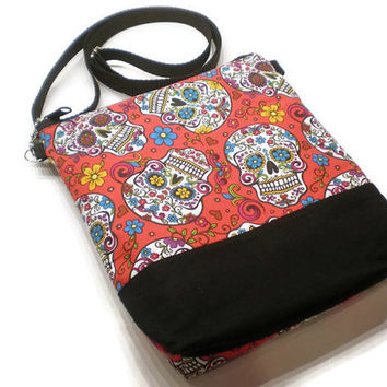 Red sugar skulls cross body sling purse, shoulder bag. Day of the Dead handbag. Día de Muertos accessories. Sugar skulls bag.