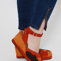 Vintage 70s WEDGES Orange SUNSET Boho SUEDE Heels Hippie Shoes Retro Novelty Espadrilles