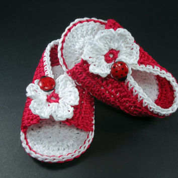 "Crochet Baby sandals, Summer sandals, Custom baby shoes, Fashion baby, Baby accessories with ladybug application - Red - Up to 12 cm (4.7"")"