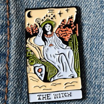WITCH TAROT ENAMEL PIN