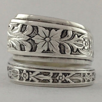 Size 8 Vintage Sterling Silver Floral Spoon Ring