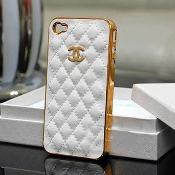 chanel iphone case -- white leather with gold chanel logo iphone 4 case -- case for iphone 4/4s/4g