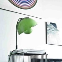 FlowerPot VP4 table, Verner Panton, & tradition