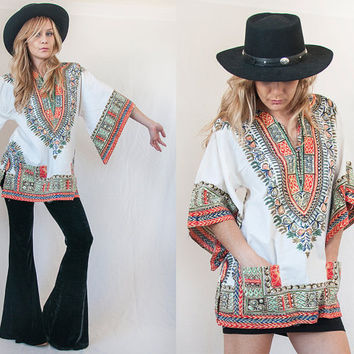 70s White Angel Wing Caftan Dashiki Tunic Blouse - One Size M | True Vintage Indian Womens Hippie Bohemian Gypsy Peasant Top with pockets