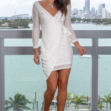 White Long Sleeve Short Dress
