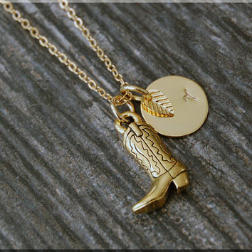 Gold Cowboy Boot Charm Necklace, Initial Charm Necklace, Personalized, Boot Charm, Cowboy Pendant, Cowgirl Jewelry, Cowgirl charm