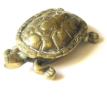 Vintage tortoise ashtray trinket box in brass