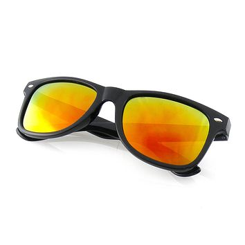 Black Flash Reflective Polarized Horned Rim Sunglasses