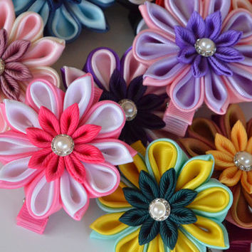 Girl hair clips - flower hair clips - girl barrettes - kanzashi hair clips - toddler hair clips.