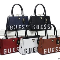 GUESS 2019 new women's fashion stitching letters LOGO shoulder bag