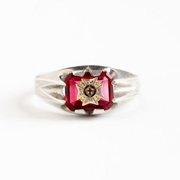 Vintage Sterling Silver Simulated Ruby Gilded Maltese Cross Ring - Size 11 3/4 Men's Art Deco Red Glass Stone Enamel Crest Emblem Jewelry