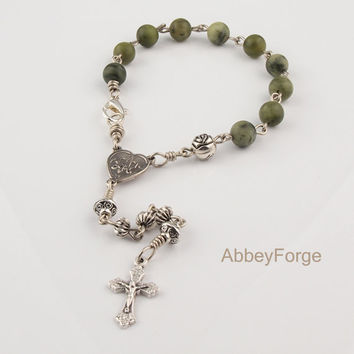 On Sale Natural Chinese Green Jade Catholic Rosary Bracelet with Ave Maria Heart Centerpiece Cross Crucifix. Prayer Beads Bracelet For Him.