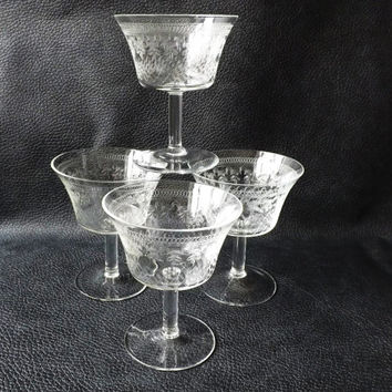 Antique Champagne Glasses / Vintage Stemware / Pall Mall Glasses / Etched Glasses / Vintage Barware / Antique Glassware