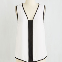 Colorblocking Mid-length Sleeveless Marvelous Minimalist Top