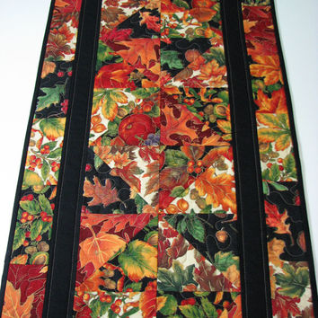 Quilted Table Runner , Autumn Patchwork Table Runner , Scattered Leaves
