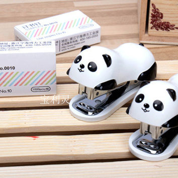[13066] Cute Panda Mini Desktop Stapler