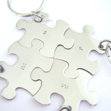 Puzzle Piece Keychain Set, Family Keychain Set, Best Friends Keychains, Initial Keychains, Set of 4 puzzle piece keychains,, Gift for her