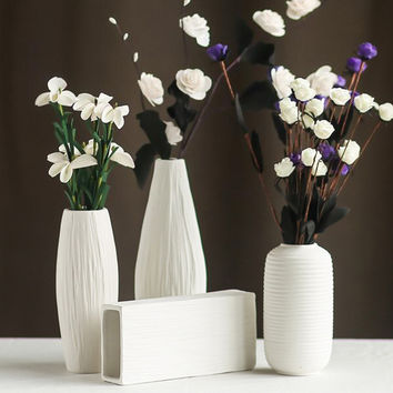 Modern minimalist style desktop ceramic flower vase European style white Ceramic vase Office&home decorative accessories 8033