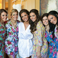 Set of 8 CUSTOM knee length bridesmaids robes. Bridal party robes & unique bridesmaids gifts