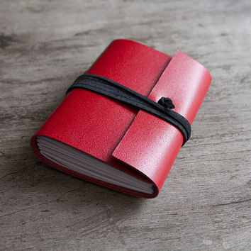 leather journal, leather notebook, travel journal, travel notebook, leather diary, hand bound blank book leaf closure red