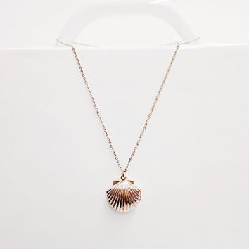 Rose Gold Seashell Locket - Rose Gold Locket Necklace, Locket Necklace, Delicate Necklace, minimalist necklace, Beach, Summer Jewelry