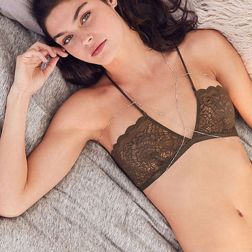 Out From Under Daria Lace Bandeau Bra | Urban Outfitters