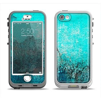 The Grungy Teal Surface V3 Apple iPhone 5-5s LifeProof Nuud Case Skin Set