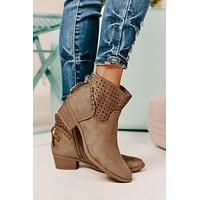 Different Feelings Booties (Light Taupe)