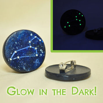Leo Pinback Button GLOW in the DARK, Astrology, Zodiac, Constellations, The Lion, Mythology, Horoscope, July 23rd - Aug 22nd, The Stars