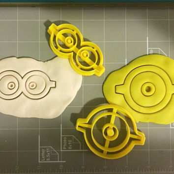 Eyes with glasses cookie cutter (Set)
