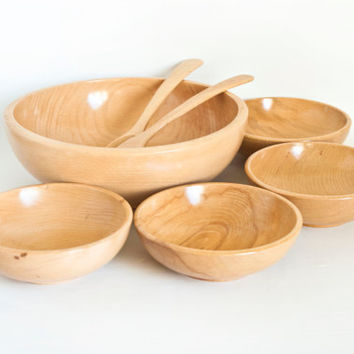 Vintage Japanese Wood Salad Serving Set, Blonde Wooden Serving Bowls with Salad Tossers, Like New condition