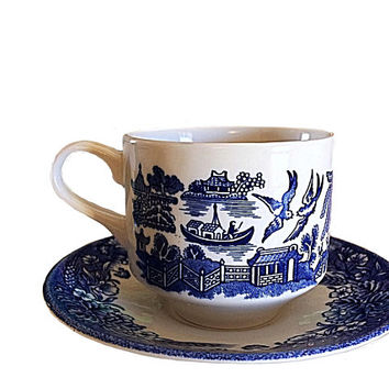 Blue Willow Teacup, Churchill England Blue, Blue Willow Plate, Currier and Ives, Blue Currier Ives, Blue Willow Mug, Vintage Blue Willow