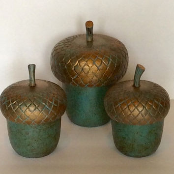 Metal Acorn Containers