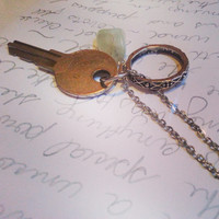 Magic Key to her Heart Necklace, bohemian, boho Chic, gift for her, gift for him, vintage jewelery,  long chain, gypsy style, gift for mom