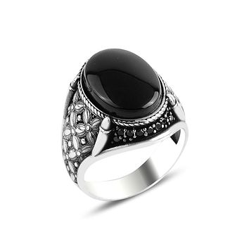 Mens ring 925 sterling silver with onyx gemstone and claw