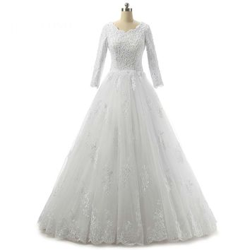 White Elegant Scoop Tulle Appliques Long Ball Gown Wedding Dresses Lace Up Floor Length Wedding Dress