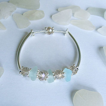Aqua sea glass bracelet. Sea beach glass jewelry.
