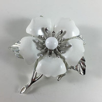 Vintage Retro Costume Jewelry Silver Toned White Enamel Sarah Coventry Flower Brooch Pin