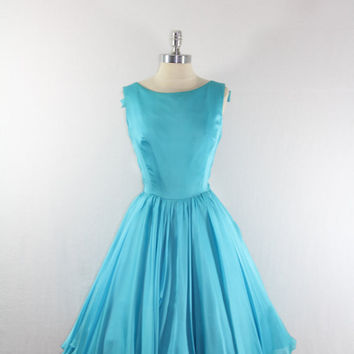 1950s Dress - Vintage Turquoise Silk Full Circle Skirt SUZY PERETTE Party Dress