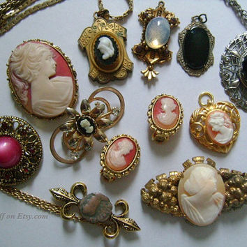 11 Pcs Lot of Antique Victorian Accessories Jewelry Brooches Pins Pendants Earrings Filigree  Cameo Onyx Cabochon Rhinestone