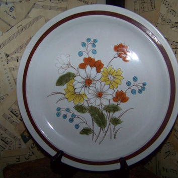 Vintage Dinner Plate--Four Seasons Collection--Early Summer--Stonewear--Made in Japan--Floral--Replacement China