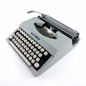 Vintage Royal Signet Manual Typewriter -  Working Gray Manual Typewriter - Excellent Condition