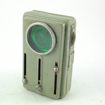 Vintage Military Green Old Railroad Signal Flashlight Lamp