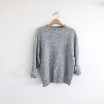 vintage gray Jantzen sweater. knit pullover. basic sweater. size large